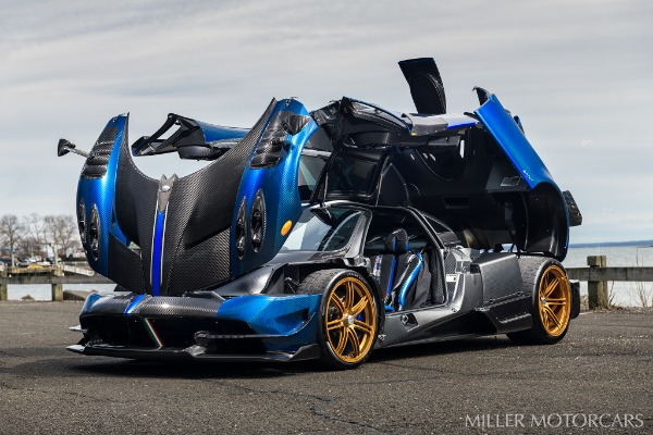 Used 2017 Pagani Huayra BC Macchina Volante for sale Call for price at Bentley Greenwich in Greenwich CT 06830 12