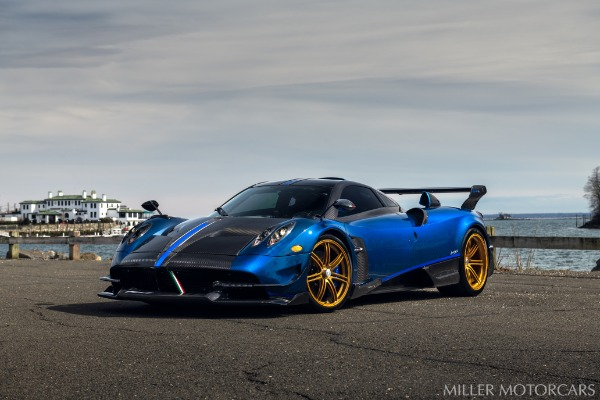 Used 2017 Pagani Huayra BC Macchina Volante for sale Call for price at Bentley Greenwich in Greenwich CT 06830 7