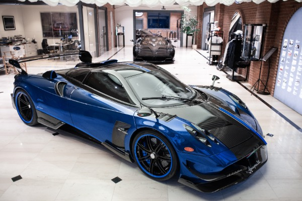 Used 2017 Pagani Huayra BC Macchina Volante for sale Call for price at Bentley Greenwich in Greenwich CT 06830 1