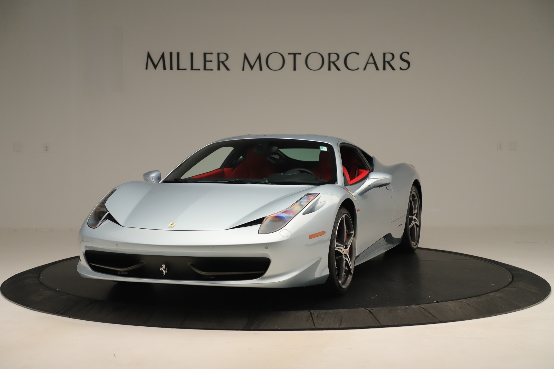 Used 2015 Ferrari 458 Italia for sale $215,900 at Bentley Greenwich in Greenwich CT 06830 1