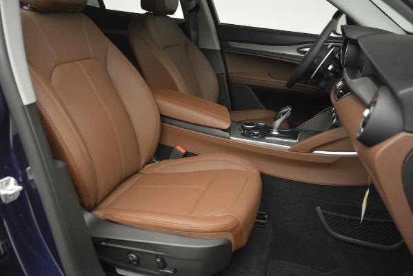New 2019 Alfa Romeo Stelvio Sport Q4 for sale Sold at Bentley Greenwich in Greenwich CT 06830 24