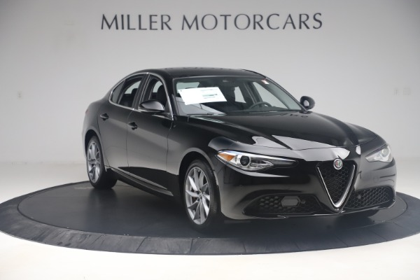 New 2019 Alfa Romeo Giulia Q4 for sale Sold at Bentley Greenwich in Greenwich CT 06830 11