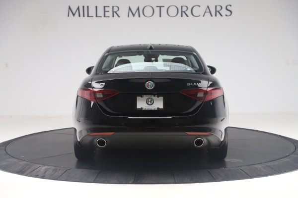 New 2019 Alfa Romeo Giulia Q4 for sale Sold at Bentley Greenwich in Greenwich CT 06830 6