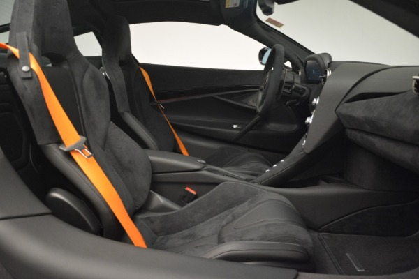New 2019 McLaren 720S Coupe for sale $351,470 at Bentley Greenwich in Greenwich CT 06830 20