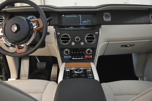 New 2019 Rolls-Royce Cullinan for sale Sold at Bentley Greenwich in Greenwich CT 06830 24