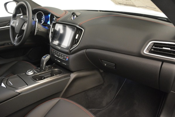 New 2019 Maserati Ghibli S Q4 for sale $59,900 at Bentley Greenwich in Greenwich CT 06830 22