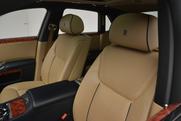 Used 2015 Rolls-Royce Ghost for sale Sold at Bentley Greenwich in Greenwich CT 06830 16