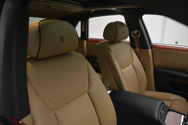 Used 2015 Rolls-Royce Ghost for sale Sold at Bentley Greenwich in Greenwich CT 06830 17