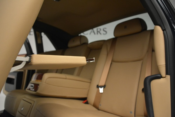 Used 2015 Rolls-Royce Ghost for sale Sold at Bentley Greenwich in Greenwich CT 06830 28