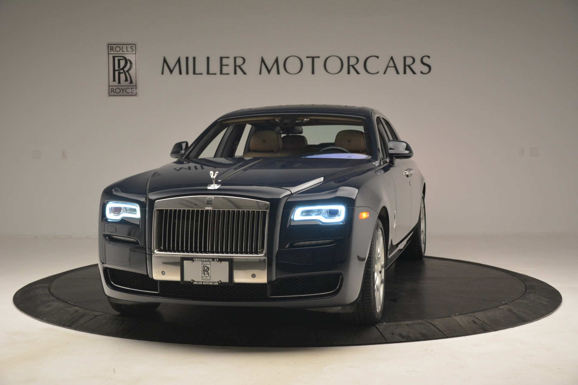 Used 2015 Rolls-Royce Ghost for sale Sold at Bentley Greenwich in Greenwich CT 06830 1