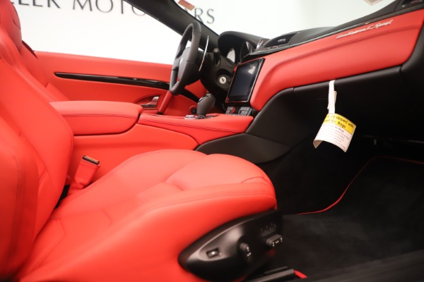 New 2018 Maserati GranTurismo Sport Convertible for sale Sold at Bentley Greenwich in Greenwich CT 06830 27