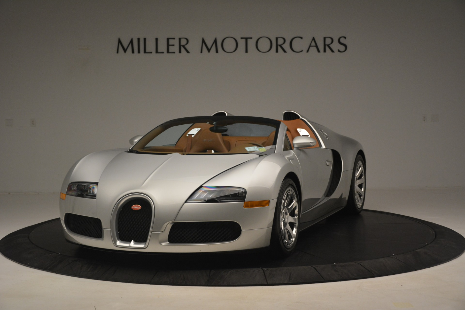 Used 2010 Bugatti Veyron 16.4 Grand Sport for sale Sold at Bentley Greenwich in Greenwich CT 06830 1