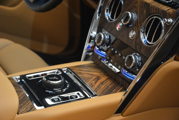 Used 2019 Rolls-Royce Cullinan for sale $347,900 at Bentley Greenwich in Greenwich CT 06830 27