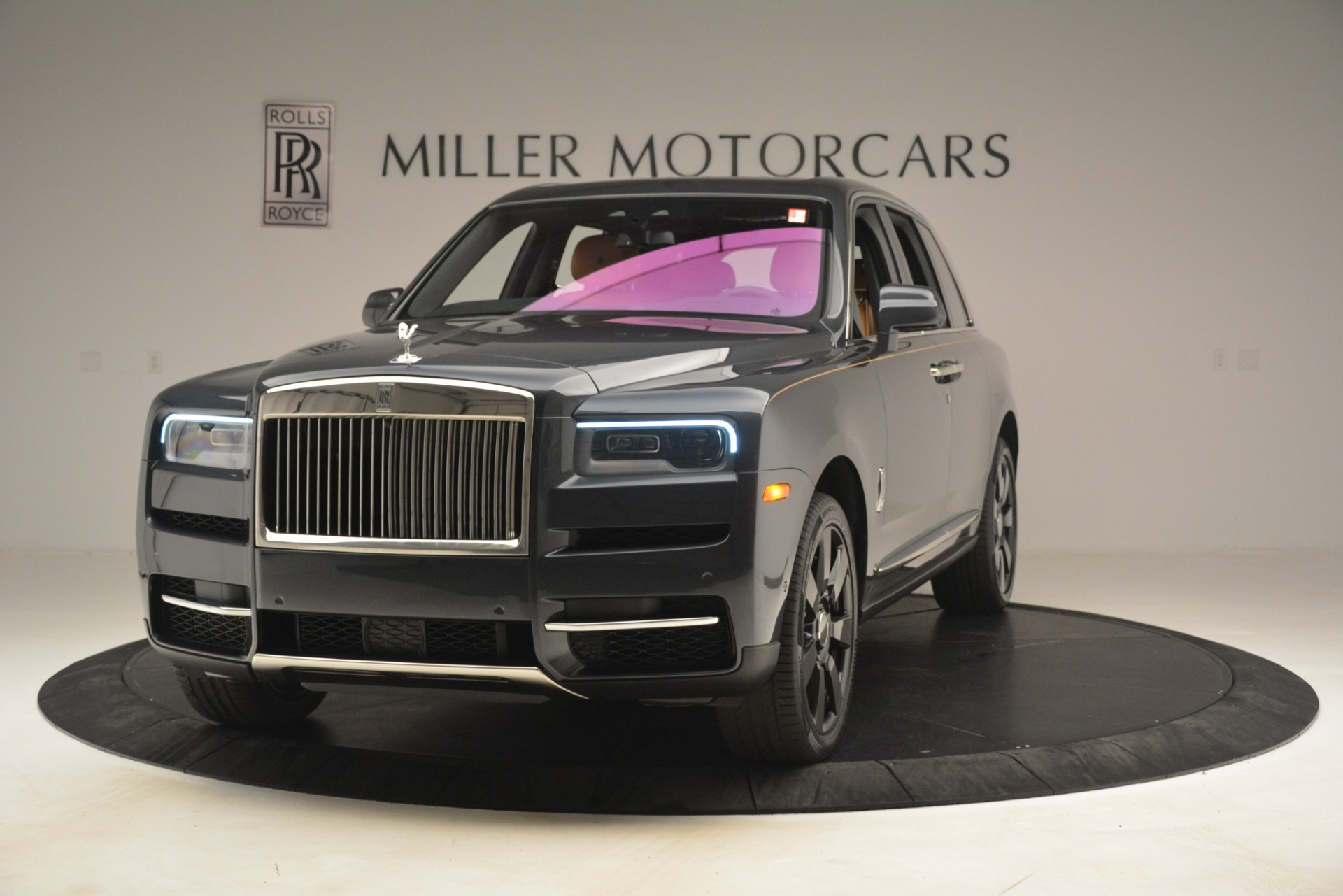 Used 2019 Rolls-Royce Cullinan for sale $347,900 at Bentley Greenwich in Greenwich CT 06830 1
