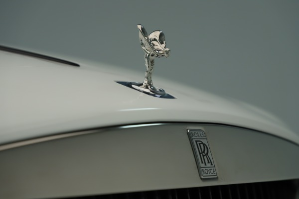 New 2019 Rolls-Royce Wraith for sale $391,000 at Bentley Greenwich in Greenwich CT 06830 25