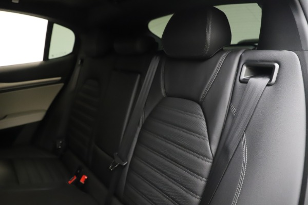 New 2019 Alfa Romeo Stelvio Ti Sport Q4 for sale Sold at Bentley Greenwich in Greenwich CT 06830 18