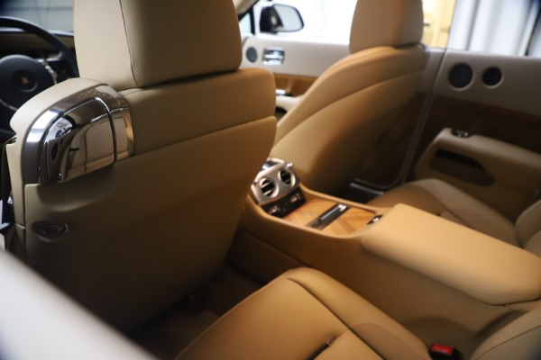 Used 2015 Rolls-Royce Wraith for sale $199,900 at Bentley Greenwich in Greenwich CT 06830 23