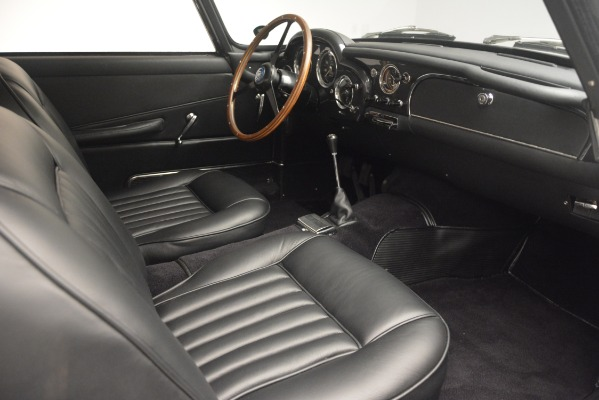 Used 1961 Aston Martin DB4 Series IV Coupe for sale $625,900 at Bentley Greenwich in Greenwich CT 06830 25