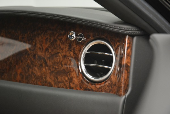 Used 2016 Bentley Flying Spur V8 for sale Sold at Bentley Greenwich in Greenwich CT 06830 22