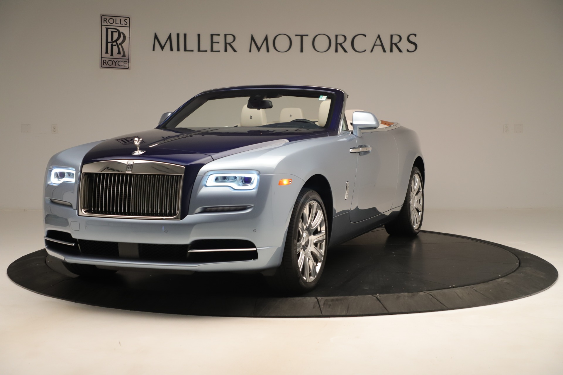 Used 2016 Rolls-Royce Dawn for sale Sold at Bentley Greenwich in Greenwich CT 06830 1