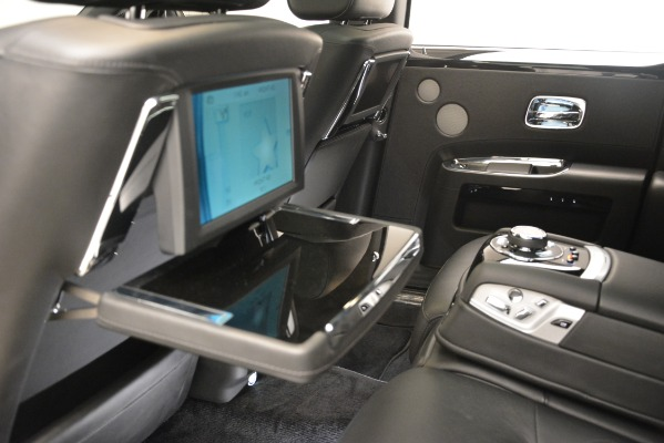 Used 2014 Rolls-Royce Ghost for sale Sold at Bentley Greenwich in Greenwich CT 06830 24