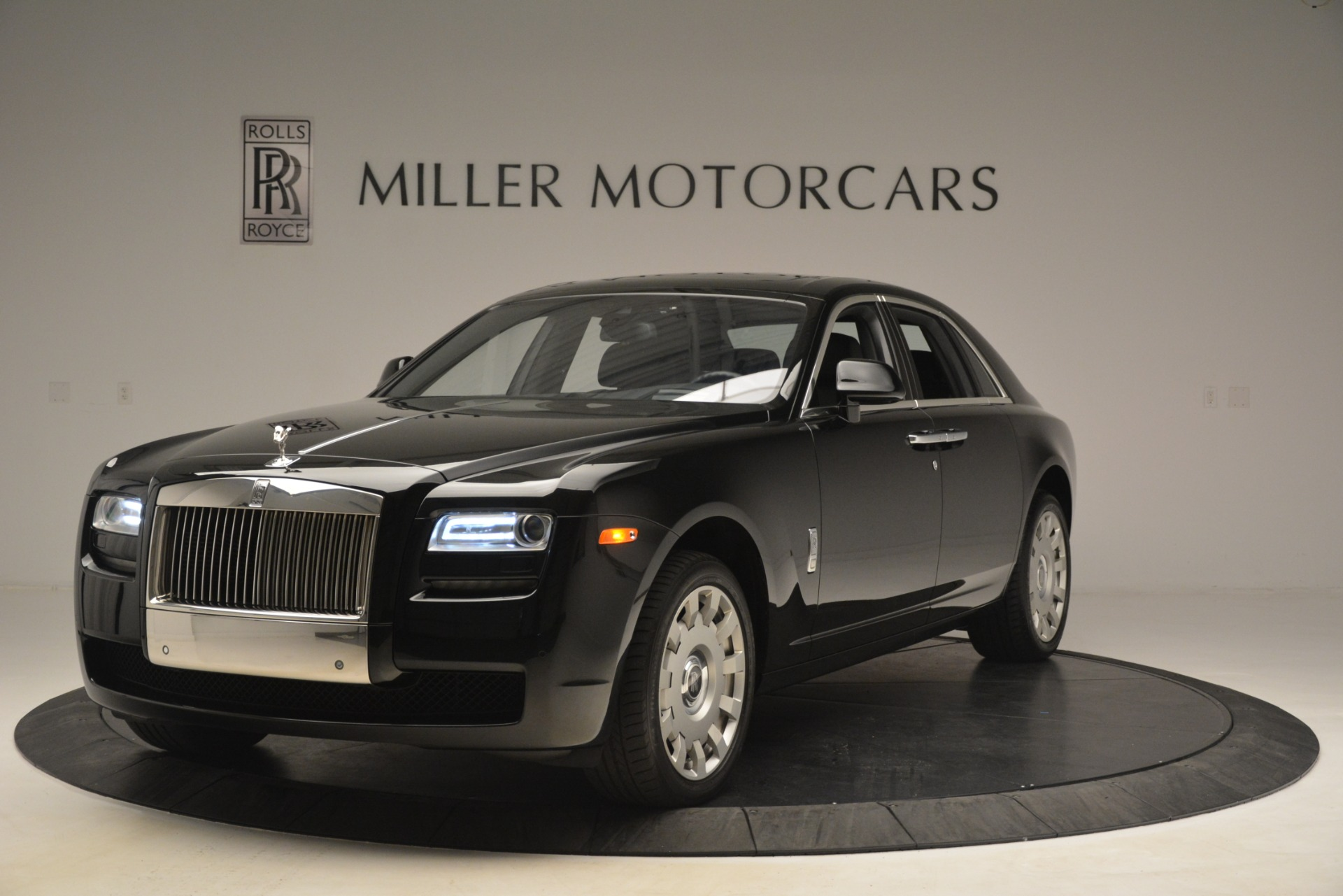 Used 2014 Rolls-Royce Ghost for sale Sold at Bentley Greenwich in Greenwich CT 06830 1