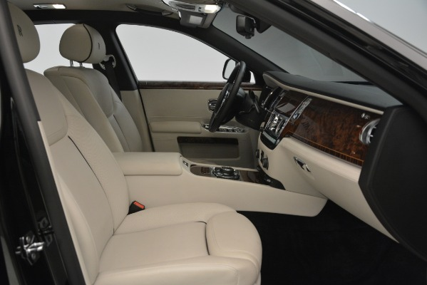 Used 2016 Rolls-Royce Ghost for sale Sold at Bentley Greenwich in Greenwich CT 06830 18