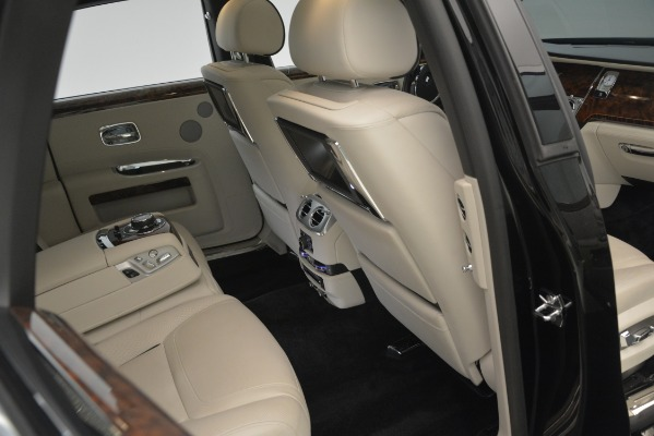 Used 2016 Rolls-Royce Ghost for sale Sold at Bentley Greenwich in Greenwich CT 06830 19