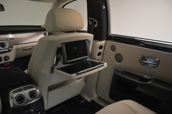 Used 2016 Rolls-Royce Ghost for sale $169,900 at Bentley Greenwich in Greenwich CT 06830 23