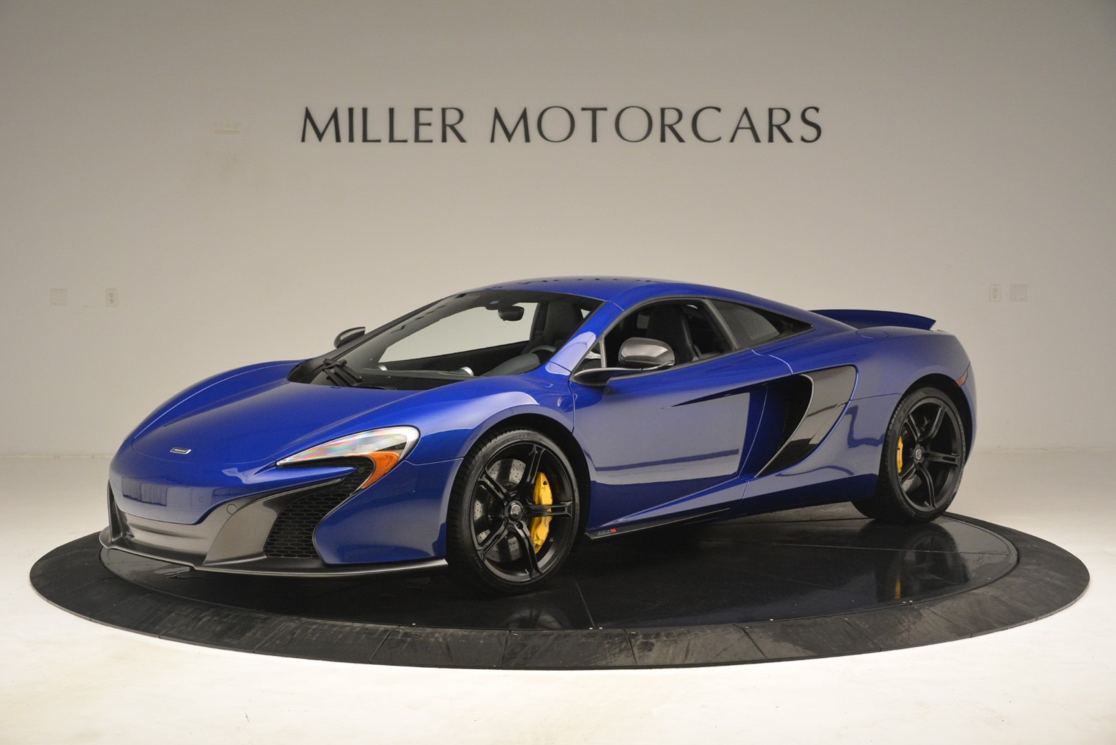 Used 2015 McLaren 650S Coupe for sale $139,900 at Bentley Greenwich in Greenwich CT 06830 1