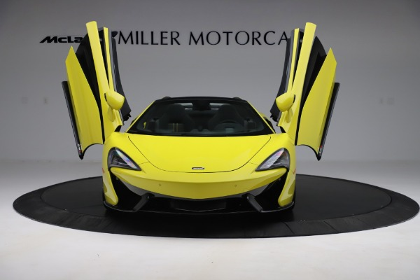New 2019 McLaren 570S SPIDER Convertible for sale $227,660 at Bentley Greenwich in Greenwich CT 06830 17