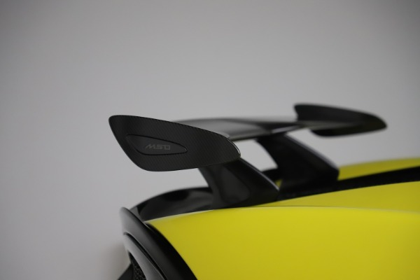 New 2019 McLaren 570S SPIDER Convertible for sale $227,660 at Bentley Greenwich in Greenwich CT 06830 23