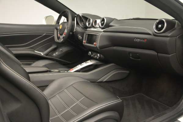 Used 2016 Ferrari California T for sale $145,900 at Bentley Greenwich in Greenwich CT 06830 25
