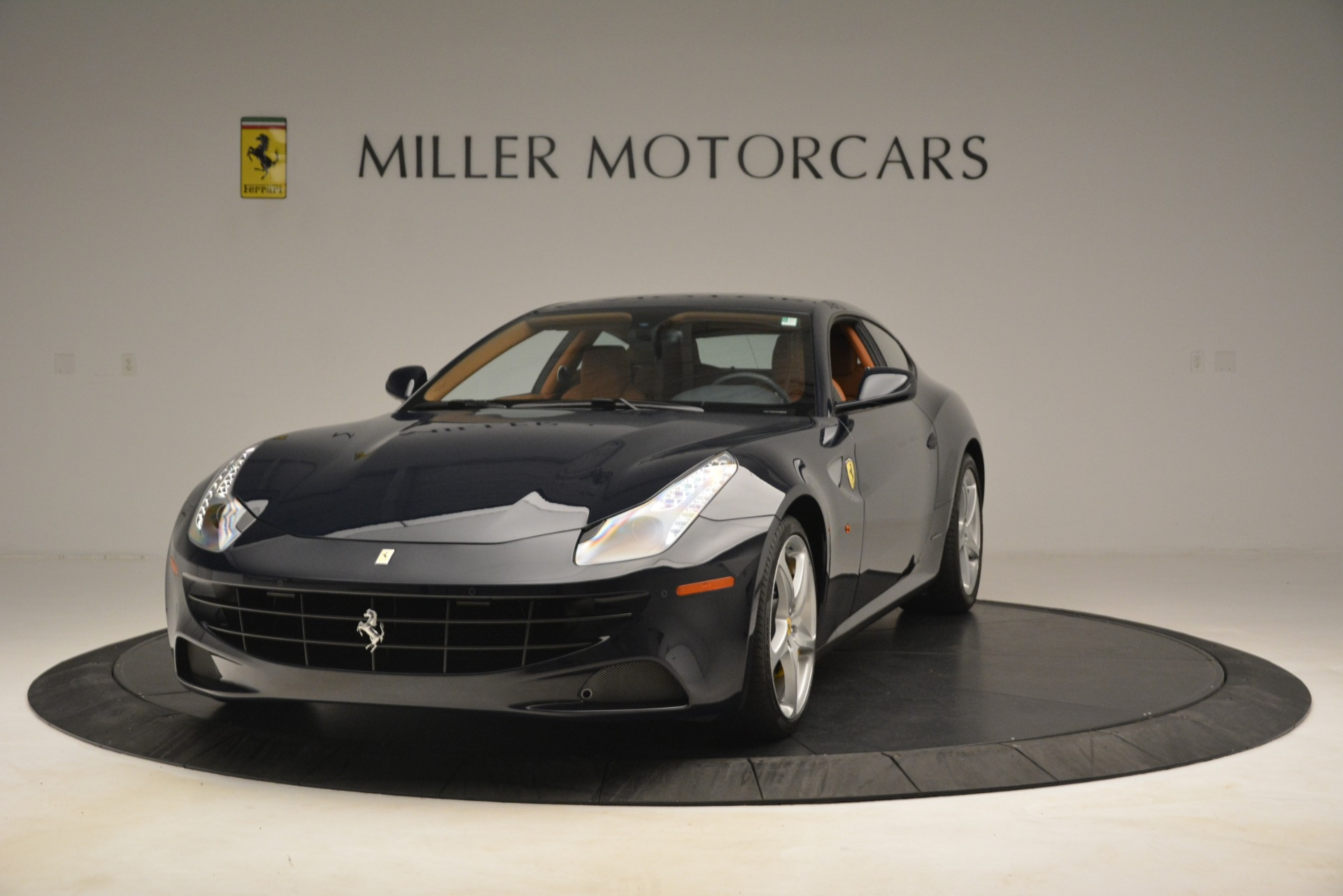 Used 2013 Ferrari FF for sale $159,900 at Bentley Greenwich in Greenwich CT 06830 1