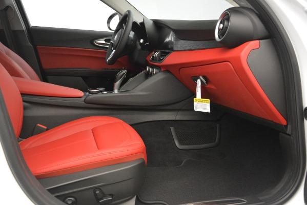 New 2019 Alfa Romeo Giulia Q4 for sale Sold at Bentley Greenwich in Greenwich CT 06830 23