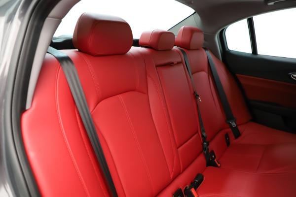 New 2019 Alfa Romeo Giulia Q4 for sale Sold at Bentley Greenwich in Greenwich CT 06830 27