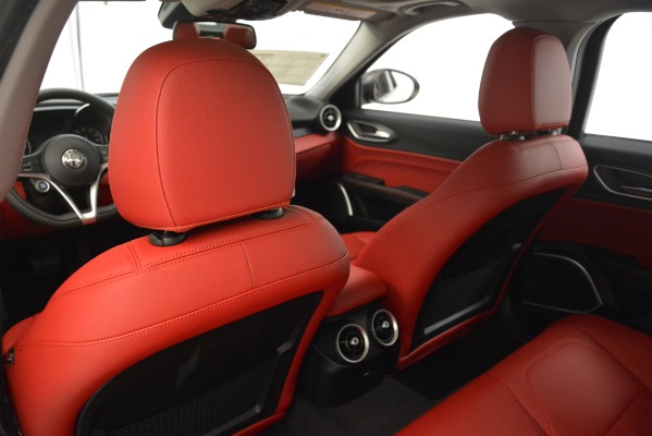 New 2019 Alfa Romeo Giulia Q4 for sale Sold at Bentley Greenwich in Greenwich CT 06830 20