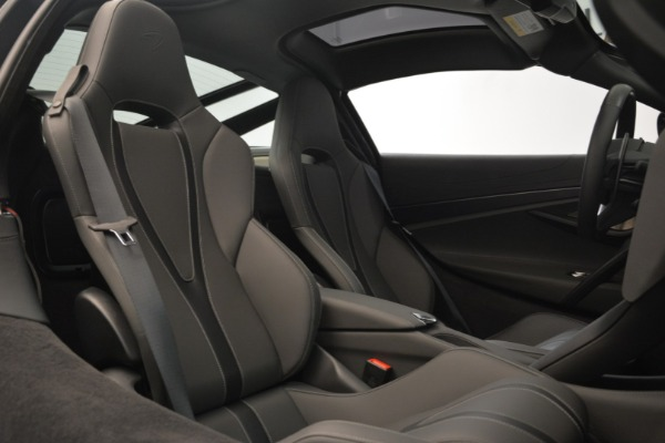 Used 2018 McLaren 720S for sale $269,900 at Bentley Greenwich in Greenwich CT 06830 19