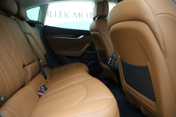 New 2019 Maserati Levante Q4 for sale Sold at Bentley Greenwich in Greenwich CT 06830 27
