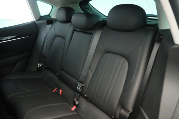New 2019 Maserati Levante Q4 Nerissimo for sale $89,850 at Bentley Greenwich in Greenwich CT 06830 18