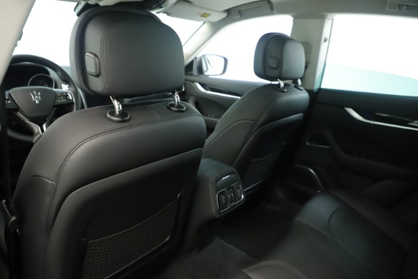 New 2019 Maserati Levante Q4 Nerissimo for sale $89,850 at Bentley Greenwich in Greenwich CT 06830 20