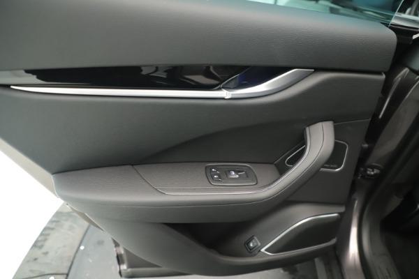 New 2019 Maserati Levante Q4 Nerissimo for sale $89,850 at Bentley Greenwich in Greenwich CT 06830 21