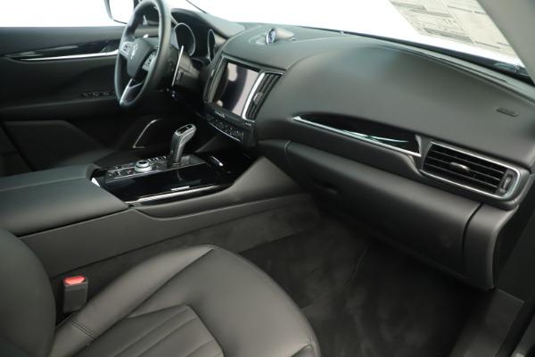 New 2019 Maserati Levante Q4 Nerissimo for sale $89,850 at Bentley Greenwich in Greenwich CT 06830 22