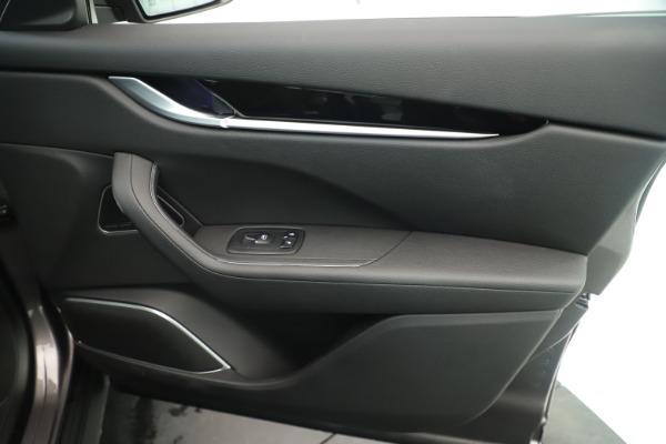 New 2019 Maserati Levante Q4 Nerissimo for sale $89,850 at Bentley Greenwich in Greenwich CT 06830 25