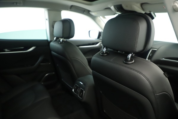 New 2019 Maserati Levante Q4 Nerissimo for sale $89,850 at Bentley Greenwich in Greenwich CT 06830 28