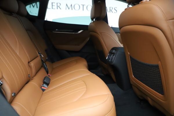 New 2019 Maserati Levante Q4 for sale $83,660 at Bentley Greenwich in Greenwich CT 06830 27