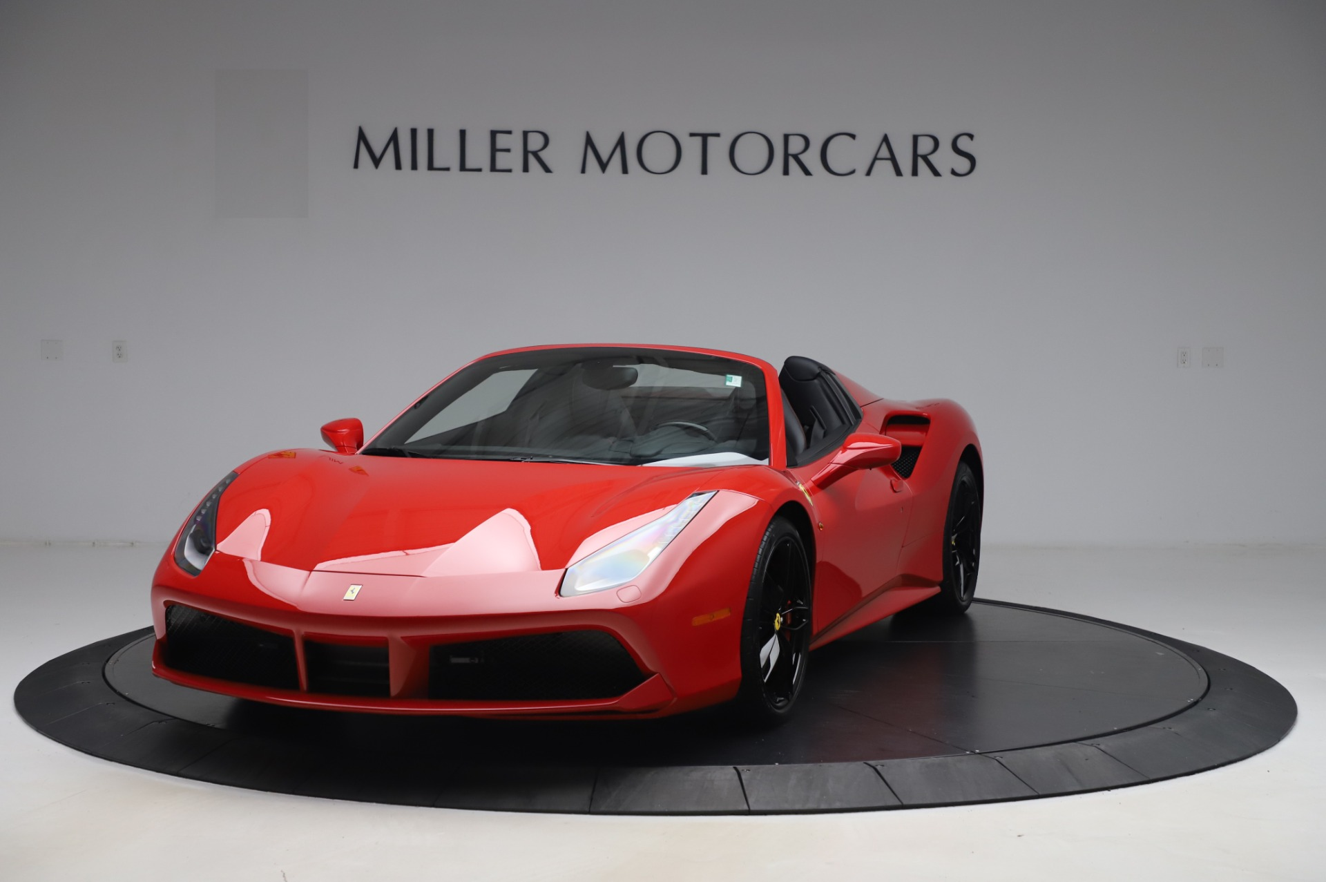 Used 2017 Ferrari 488 Spider for sale $273,900 at Bentley Greenwich in Greenwich CT 06830 1