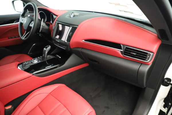 New 2019 Maserati Levante Q4 GranSport Nerissimo for sale $87,845 at Bentley Greenwich in Greenwich CT 06830 22