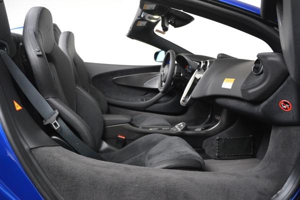 New 2020 McLaren 600LT SPIDER Convertible for sale $304,970 at Bentley Greenwich in Greenwich CT 06830 22
