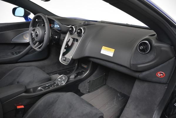 New 2020 McLaren 600LT SPIDER Convertible for sale $304,970 at Bentley Greenwich in Greenwich CT 06830 23